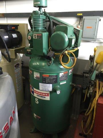 CHAMPION No. VRV5-8, Vertical, 5 HP, 80 Gal Tank, 125 PSI, 220v, 1ph